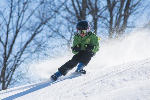 Odkedy naučiť dieťa lyžovať a ako na to?